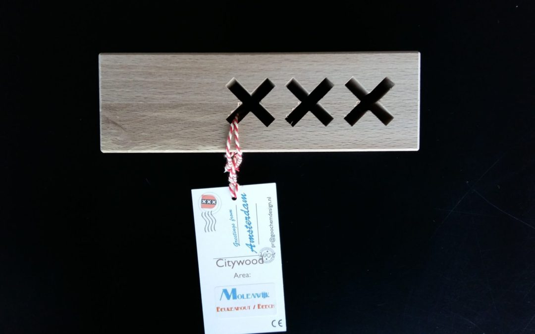 Wooden gifts 'Amsterdam' Maarten Olden in cooperation with Goochem dutch Design