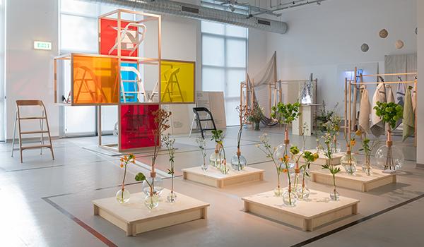 exhibition design Language maarten olden
