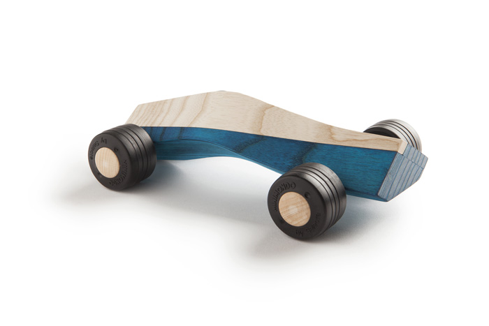 spliner 911 body blue wooden toy car maarten olden