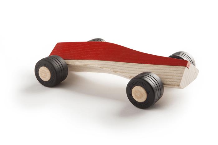 spliner T6 red wooden toy car maarten olden